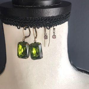 Jewelry - Earrings set.